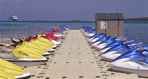 pedane galleggianti pontili galleggianti e piattaforme pedane moto d acqua