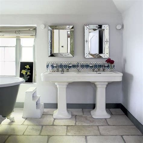 Cottage Bathroom Ideas by 1000 Ideas About Cottage Style Bathrooms On