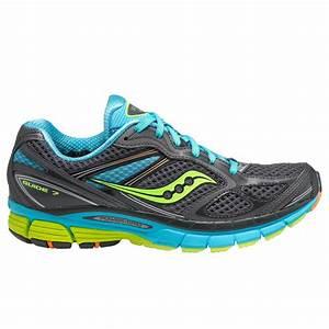 Saucony Guide 7 Running Shoe  Women U0026 39 S