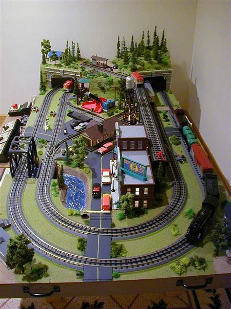 model train table kit mini things 4 39 x 8 39 o scale layout with mth track and