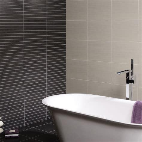 Bathroom Tile Feature Ideas by Kiwu Gris Linea Feature Tiles 163 36 85 Betterbathrooms