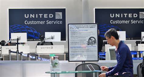 united airlines service desk is flying in the united states really all that bad the