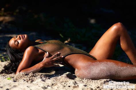Jasmyn Wilkins Nude And Sexy For Sports Illustrated