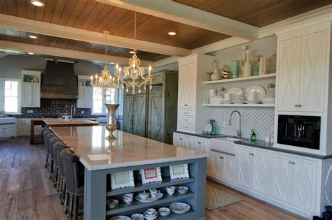 entertainers dream chefs kitchen  square feet