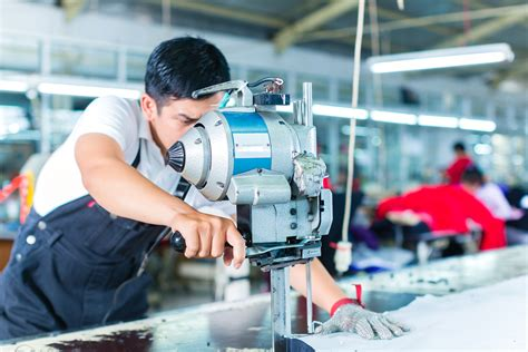 The Life of a Garment, from Seed to Sale: 6 Steps in the