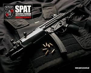 Download wallpaper: gun, pistol machine gun 5, MP5 ...