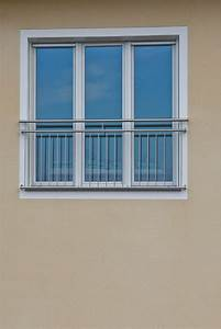 franzosischer balkon classic franzosische balkone With französischer balkon mit doppler sonnenschirm ersatzteile