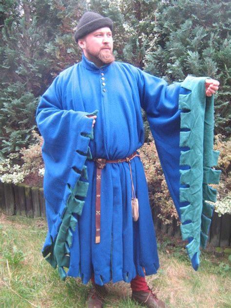 Houppelande H1 » 14h   15th century outerwear » Medieval