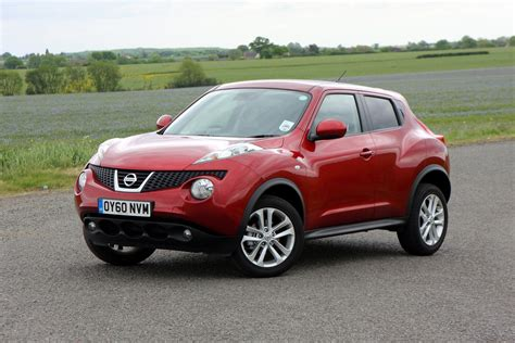 Nissan Juke Picture nissan juke estate 2010 photos parkers