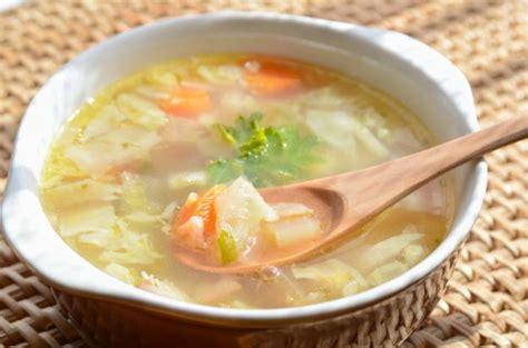 recette traditionnelle de soupe aux choux de grand mère