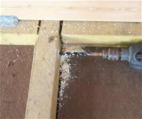 kabel im garten verlegen oberirdisch elektroinstallation im gartenhaus
