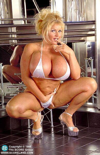 bb Gunns Humongous Fake Tits milf Blonde porn