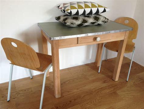 table cuisine tiroir table cuisine avec tiroir