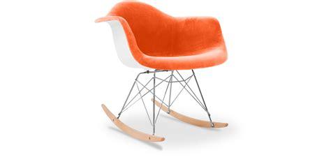 chaise a bascule rar eames chaise eames rar fabulous vitra eames rar plastic rocking