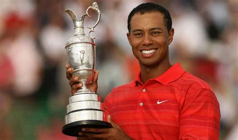 The Open 2014: Tiger Woods attacks snap-happy fans and ...