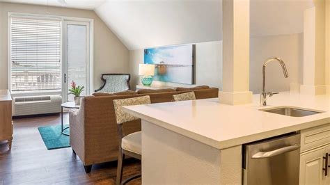 One Bedroom Suite by One Bedroom Suites In Key West At Margaritaville Resort