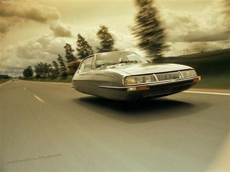 Flying Citroen Cars Look Good While Driving on Air ...