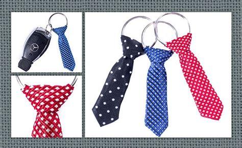 Llavero de corbata para el día del padre