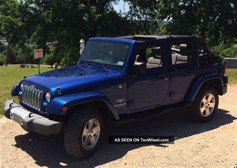 jeep soft top 4 door great conditon 4 door jeep wrangler 2009 sahara unlimited
