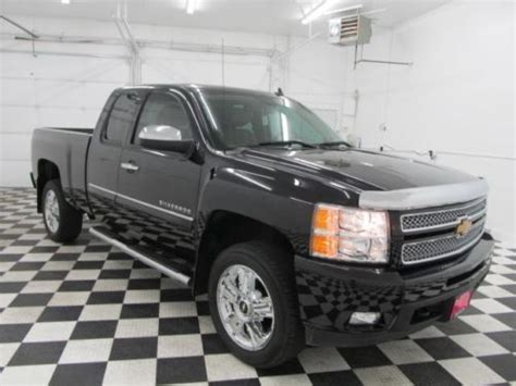 find   chevy silverado  extended cab heated leather seats auto bed liner  coeur