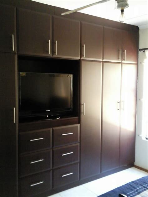 Tv Wall Cupboard by Bedroom Wrap Mahogany Our Work Bedrooms In 2019