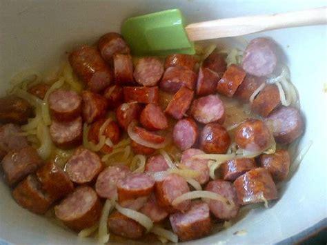 Pocher En Cuisine - rougail saucisses plat de la réunion dans la cuisine