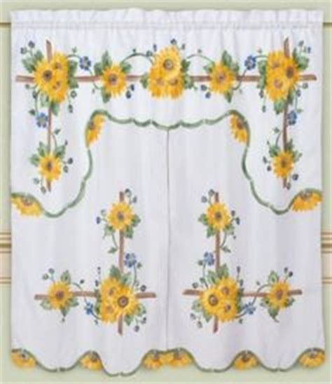 white kitchen curtains with sunflowers 1000 images about sunflowers on sunflower