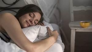 Ideale Temperatur Zum Schlafen : diese zehn tipps sorgen f r einen guten schlaf life goes on tv ~ Frokenaadalensverden.com Haus und Dekorationen