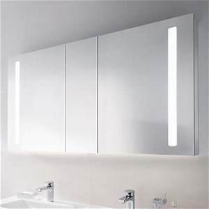 Badezimmer Spiegelschränke Mit Beleuchtung : die besten 25 badezimmer spiegelschrank mit beleuchtung ideen auf pinterest g nstige ~ Frokenaadalensverden.com Haus und Dekorationen