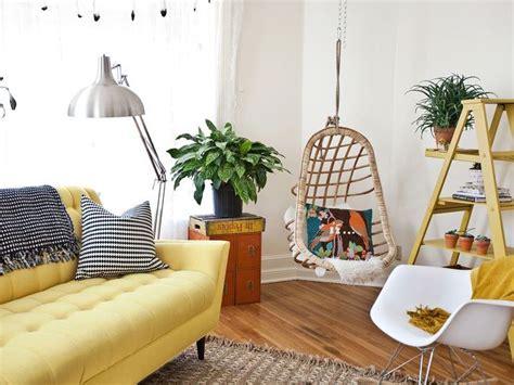 repulsif interieur canape quelle déco pour un salon avec un canapé jaune