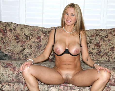 Hot Wife Rio Blaze Takes Off Her Black Pantyhose Pics