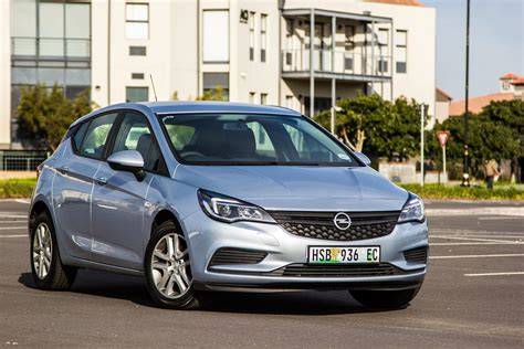 Opel Astra Review by Opel Astra 1 0t Essentia 2016 Review Cars Co Za