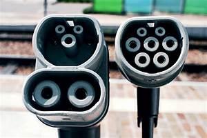 Prise Recharge Voiture Électrique : zeplug borne de recharge voitures lectriques domicile et en entreprise ~ Dode.kayakingforconservation.com Idées de Décoration