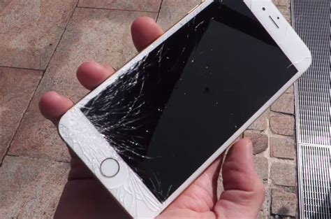 iphone 6 broken screen image gallery iphone 6 plus cracked