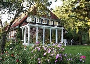 Landhaus wintergarten und sitzecke am haus for Wintergarten am haus
