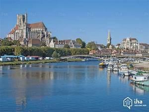 Vermietung Auxerre Für Ihren Urlaub mit IHA Privat