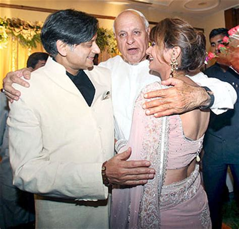 images bigwigs attend tharoors wedding reception