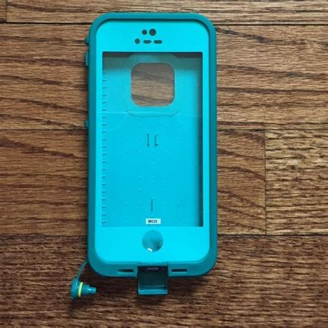 cheap lifeproof cases for iphone 5s 25 best ideas about proof on