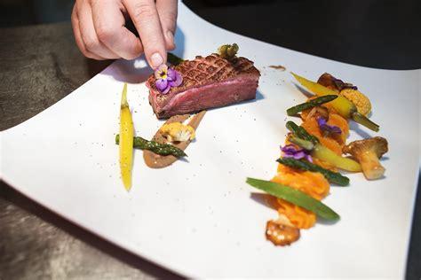 programme de cuisine hotel 4 étoiles les 3 vallées hotel golf brides les