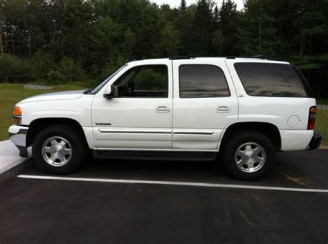 automotive service manuals 2005 gmc yukon interior lighting find used 2005 gmc yukon slt sport utility 4 door 5 3l in keene new hshire united states