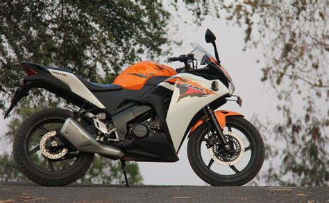 honda cbr 150 cost honda cbr150r new price specs review pics mileage autos post