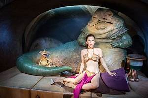 Carrie Fisher as Princess Leia Organa with Jabba the Hutt ...
