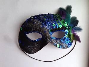 Super Simple DIY Masquerade Mask   The Modest Closet