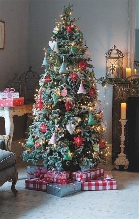 gingham tree decorations extract  holiday crafts