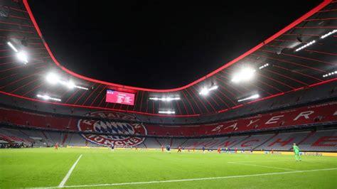 fc bayern muenchen verbietet doch fans im stadion fc
