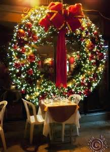 Lighted Christmas Wreaths Outdoor by Giant Christmas Wreath Wreaths Pinterest