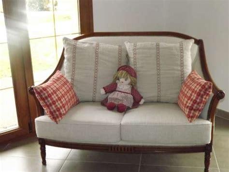 canapé style anglais canapé style anglais à l 39 isle sur le doubs meubles