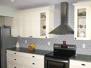 Gray kitchen cabinets waplag wood ideas wall decor best for Kitchen colors with white cabinets with where to find wall art