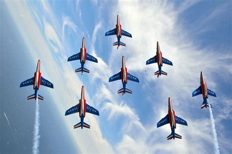 french air force patrouille de france jet demonstration