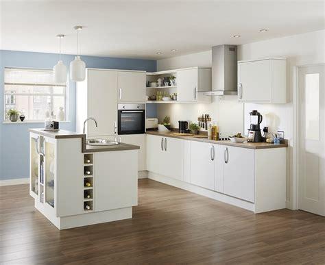 kitchen design howdens stockbridge matt ivory kitchen range universal 1223